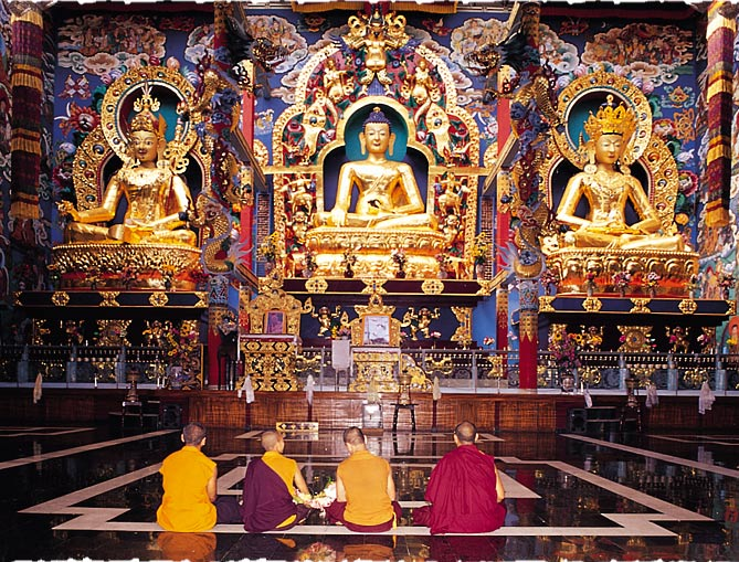 BuddhisT Golden Temple, Coorg, Karnataka