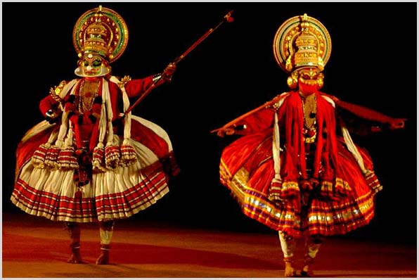 COCHIN – ENJOY KATHAKALI DANCE.jpg