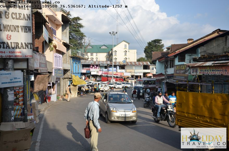 Cheotic-Palampur-Main Bazaar-Taxi-Stand-Busstand-Area-1