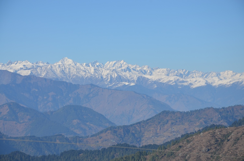 Mighty Dhauladhar Ranges visible from Parashar Lake