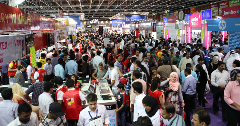 Gitex-Mega-Shopping-MassiveCrowds