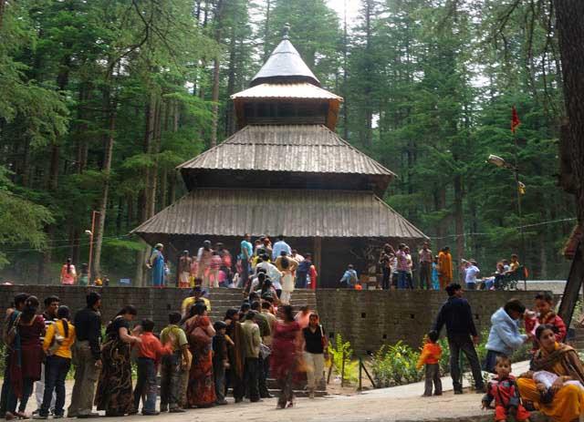 Hadimba_Devi_Temple_Manali_famousTempleInManali