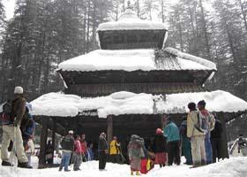 Hadimba_Devi_Temple_Manali_inSnowFall