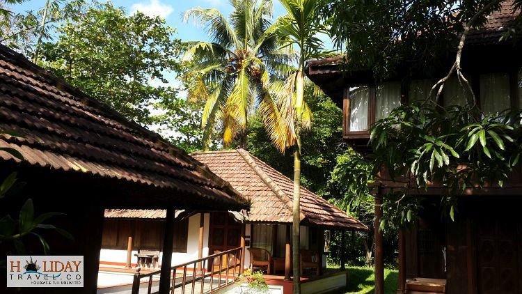 Heritage-Bunglows-Coconut-Lagoon-Kumarakom