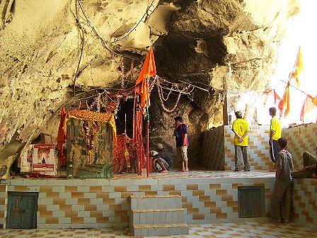 HingulaShaktiPeeth-Pakistan-Nani_ki_Mandir1
