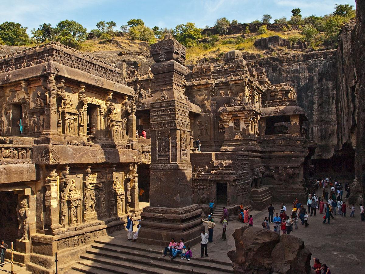 Kailashnatha Temple.jpg
