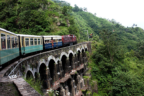 Kalka Shimla Heritage Train package with Heritage Hotel Stay