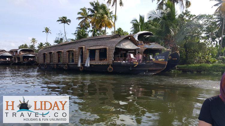 Kerala-BackwaterCruise-HouseBoat