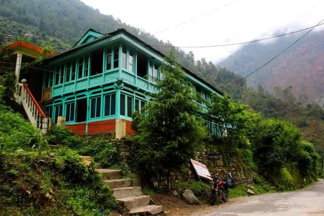 KhemBharti-HomeStay-TirthanValley