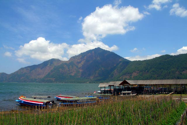 Kintamani and Mount Batur.jpg