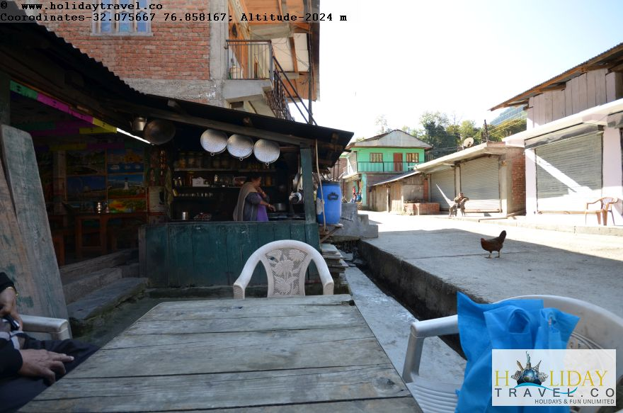 Lohardi-Village-Best-Food-Best-Restaurant-Janata-Dhaba-For-Eating-Special-Rajmah-Rehru-Rice-Paranthas-Of-Barot-Himachal