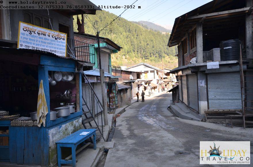 Lohardi-Village-Offers-Many-Choices-of-food-Thakur-Dhaba-Lohardi