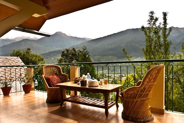 Manali Cottage Stay Tour package - Upadhyaya Cottage balcony View