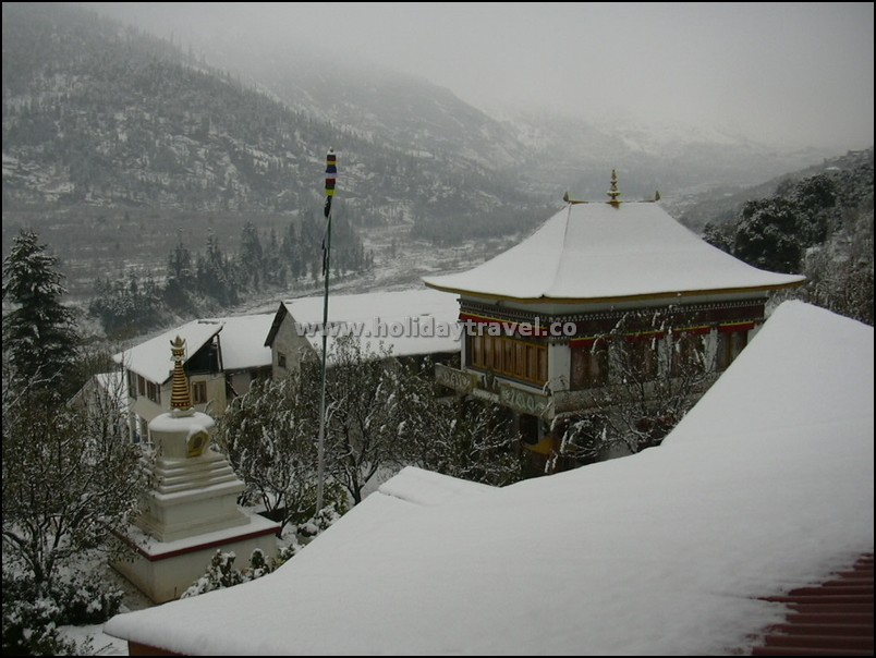 Manali_JustAfterSnowFall_peaceandCalm