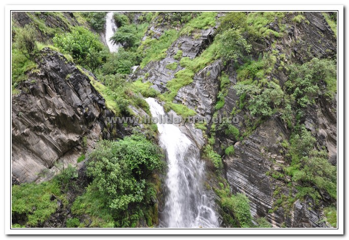 A natural water fall enroute to manimahesh yatra