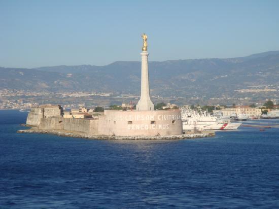 Messina.jpg