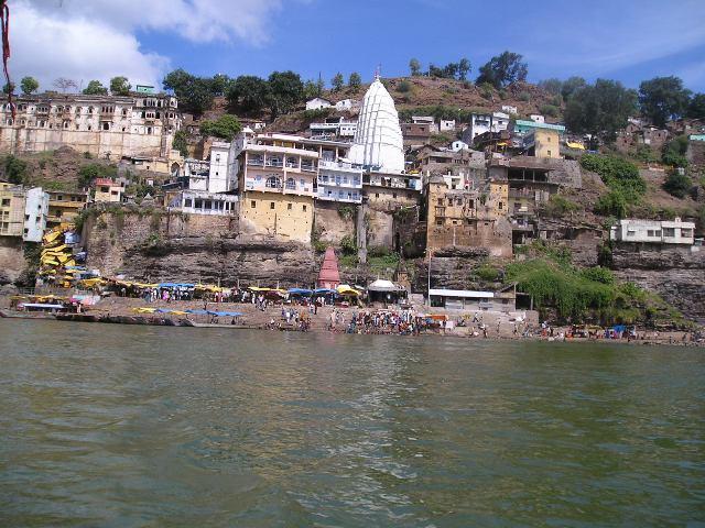 OmkareshwarTempleView_MandhataHill_Khandwa