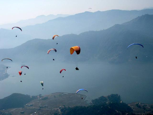 Paraglidings at Billing
