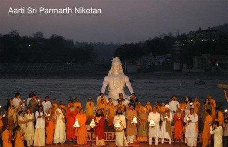 Parmarth-Niketan-Ganga-Arti