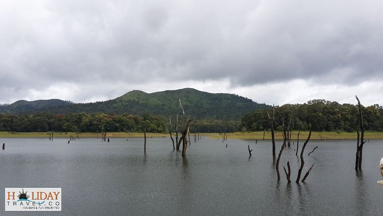 Periyar WildLife Sanctuary Lake-Ultimate-Beautiful-Scene