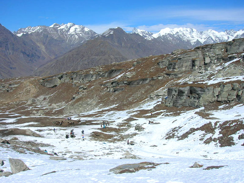 Rohtang Pass (Snow Point).jpg