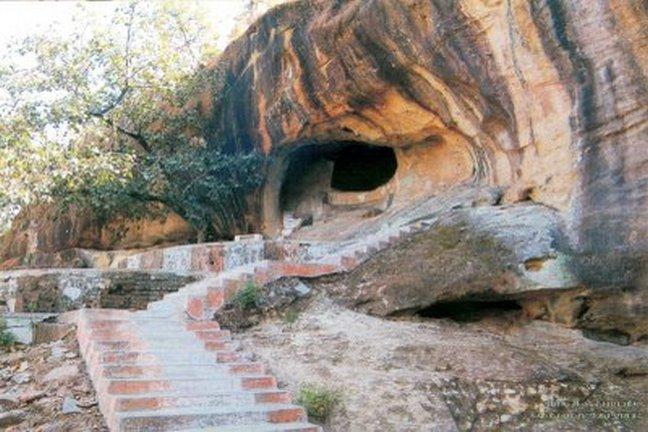Sita-Bengra Cave