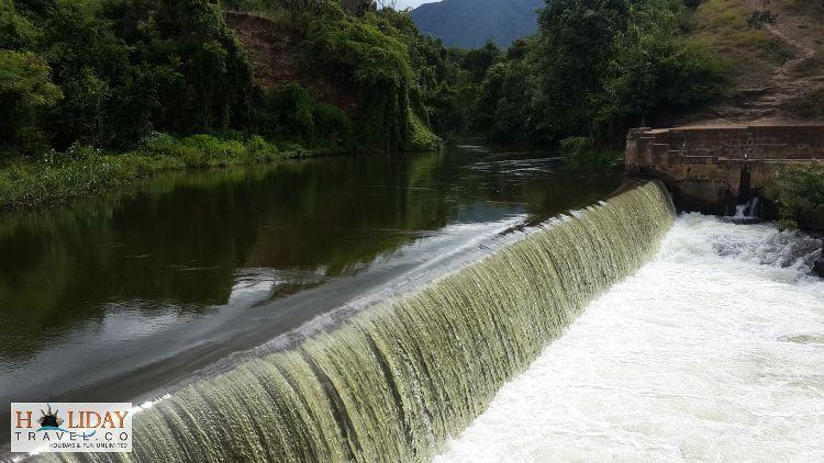 Small-WaterFall-Lowercamp-ThekkadyPeriyar