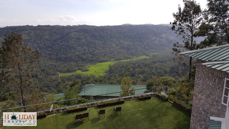 SpiceTree-Hotel-Munnar-Overlooking-BisonValley