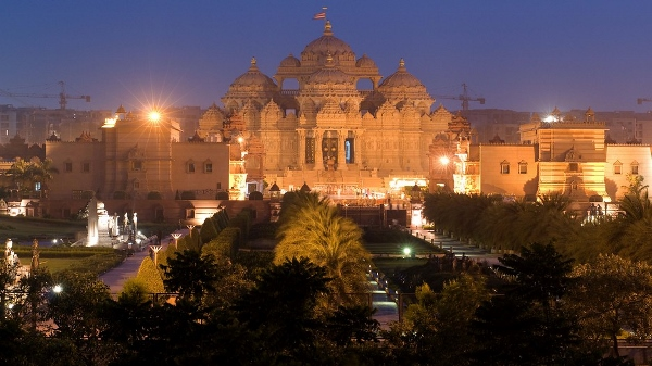 Akshardham Temple in night