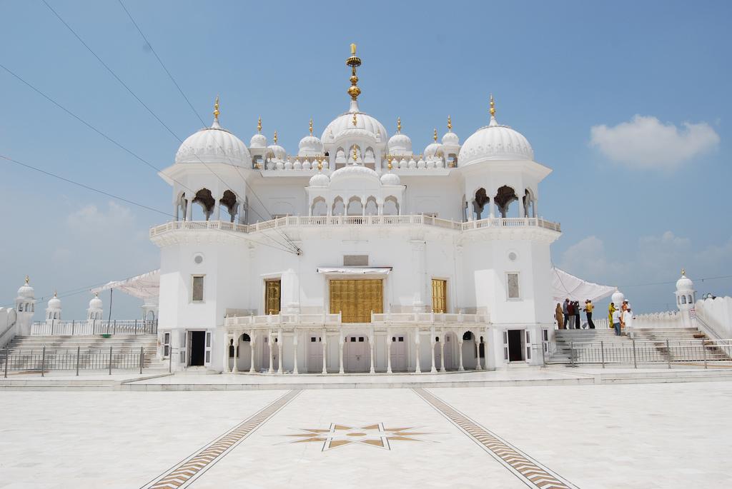 Punjab Gurudwara Tour Package