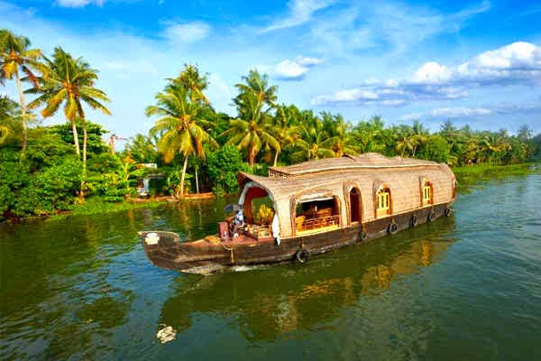 The Mysteries Of Kerala Package Cochin Munnar