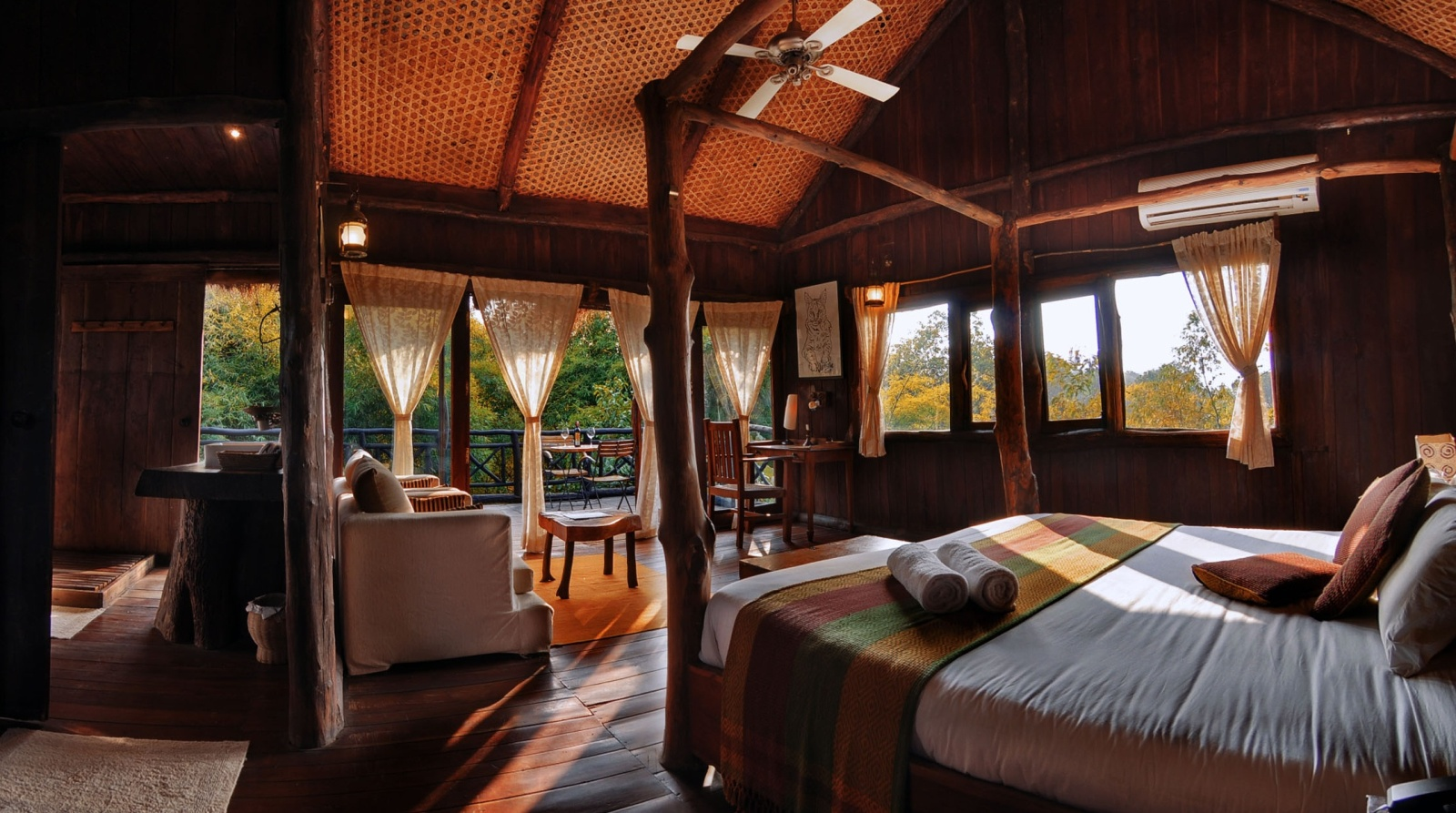 Tree House Hideaway - Bandhavgarh room