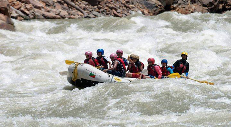 White Water Rafting in Teesta River