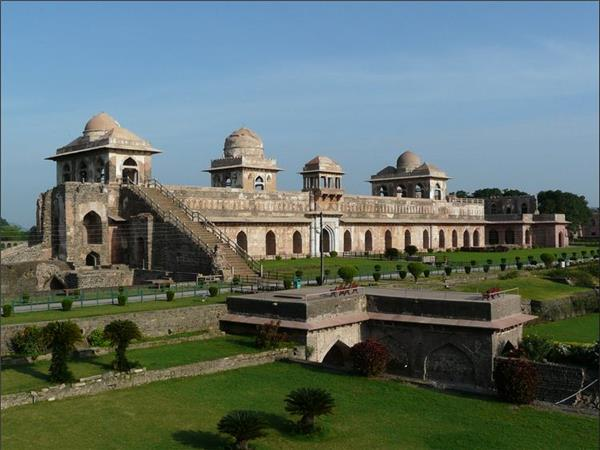 Mandavgarh temple