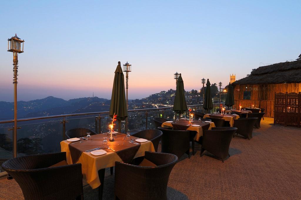 moti-mahal-deluxe-restaurant