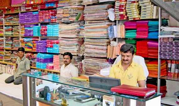 shopping in jabalpur.jpg